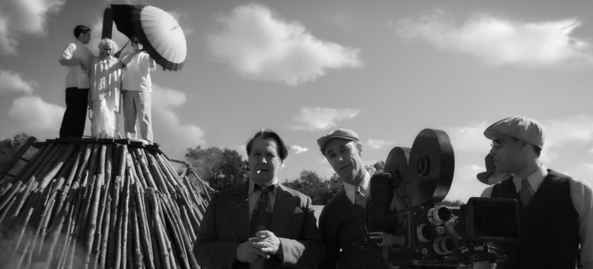 AFI Awards: Mank Cinematographer Erik Messerschmidt on Making theFilm