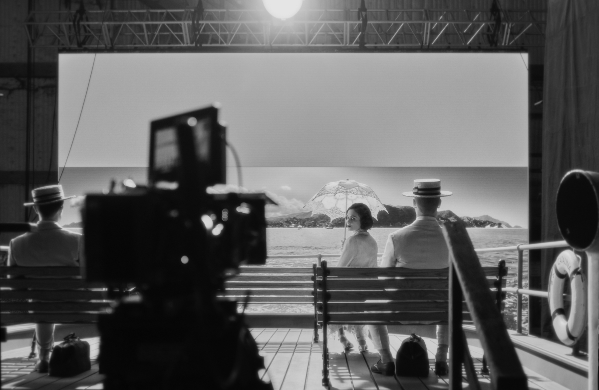 """Art Deco Buildings, Puffy Clouds & Palm Trees"": How 'Mank' VFX Supervisor Wei Zheng Brought Old Hollywood To Life For Longtime Collaborator David Fincher"